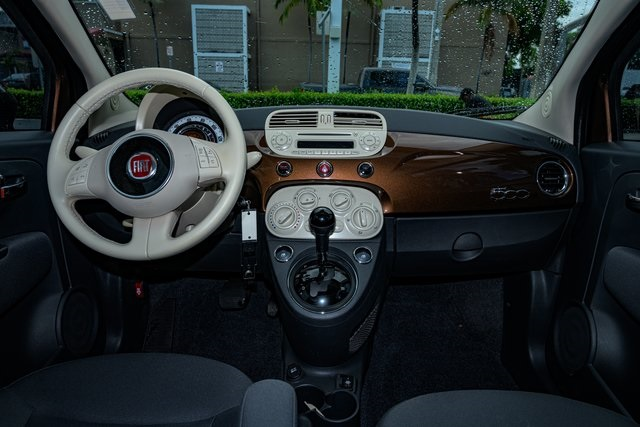 Pre-Owned 2015 FIAT 500 Pop
